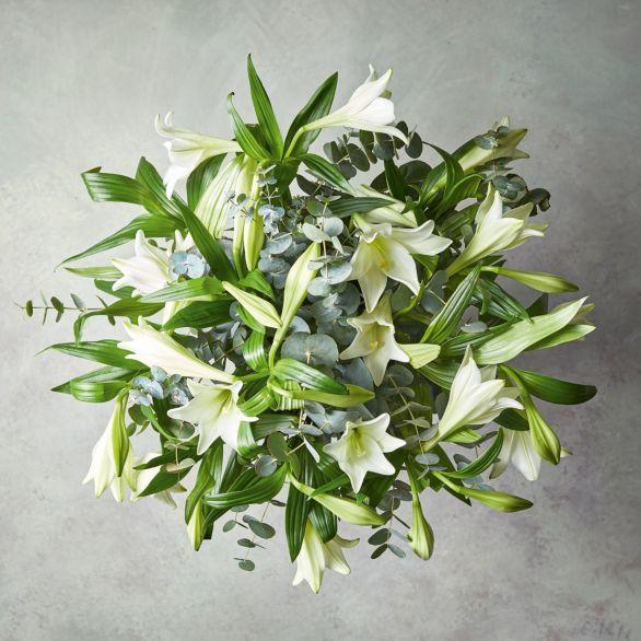 Longiflorum Lilies Bouquet White.