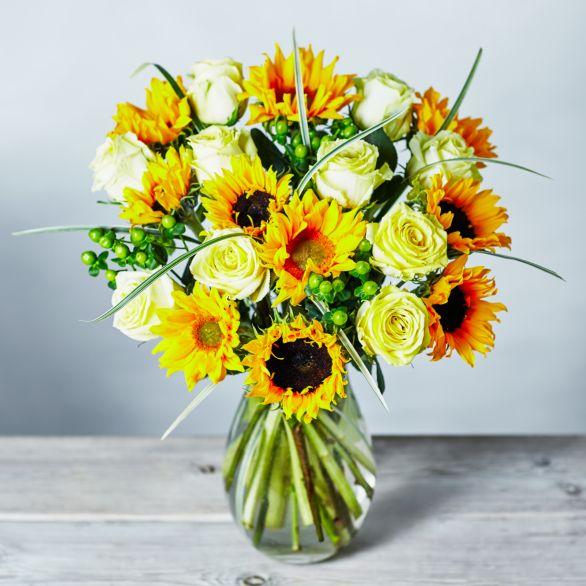 Medium Summer Sunshine Flowers Bouquet Yellow or orange