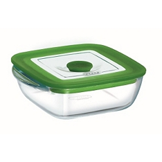Pyrex square dish with lid, 2.2 litre