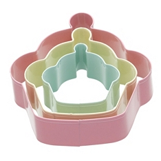 Sweetly Does It cupcake cookie cutter set