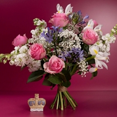 Roses & Agapanthus - ready to arrange