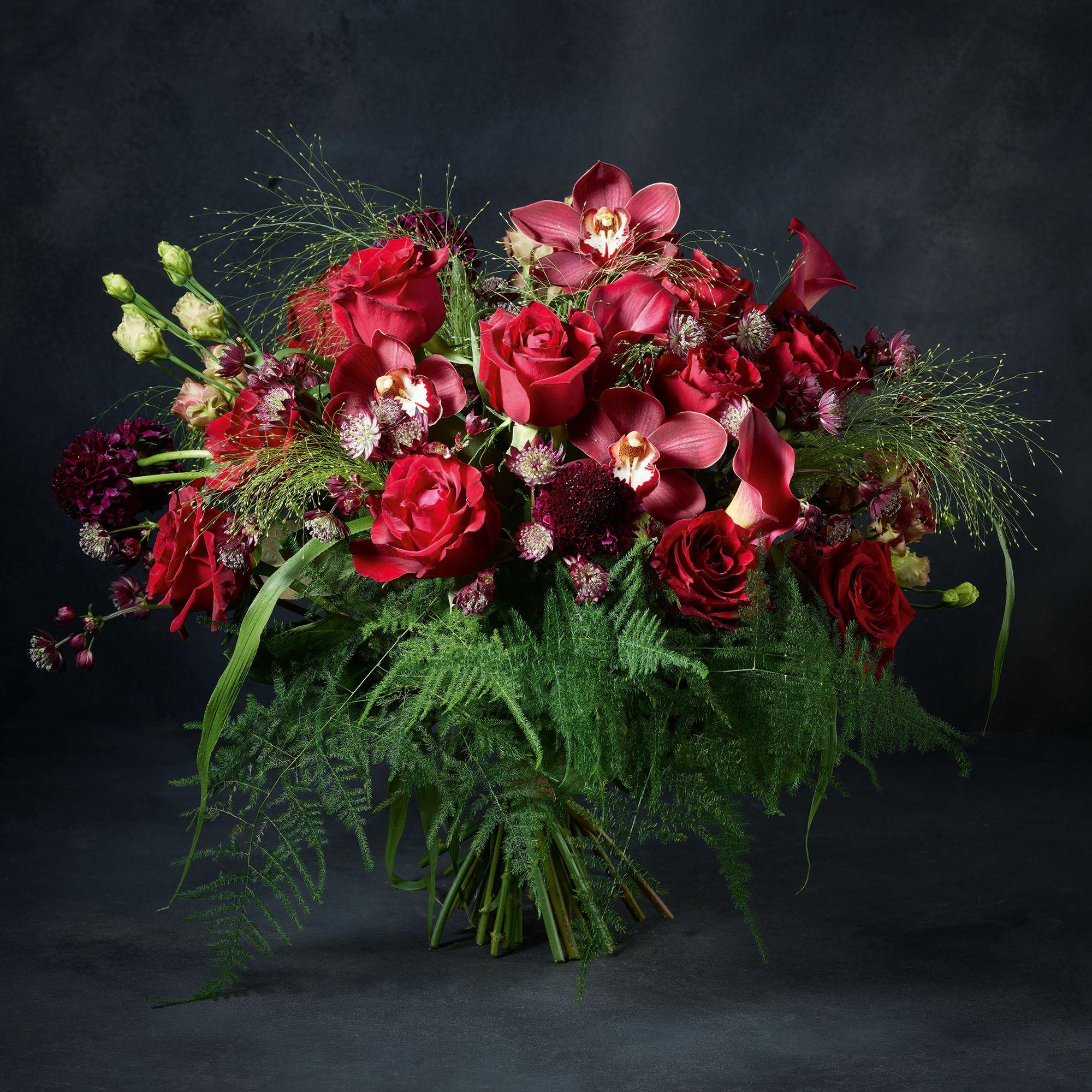 Luxury Valentine S Day Roses Bouquet Waitrose Florist